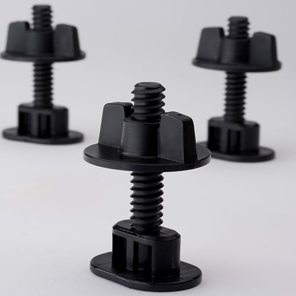 Plastic-Injection-Molded-Bolts